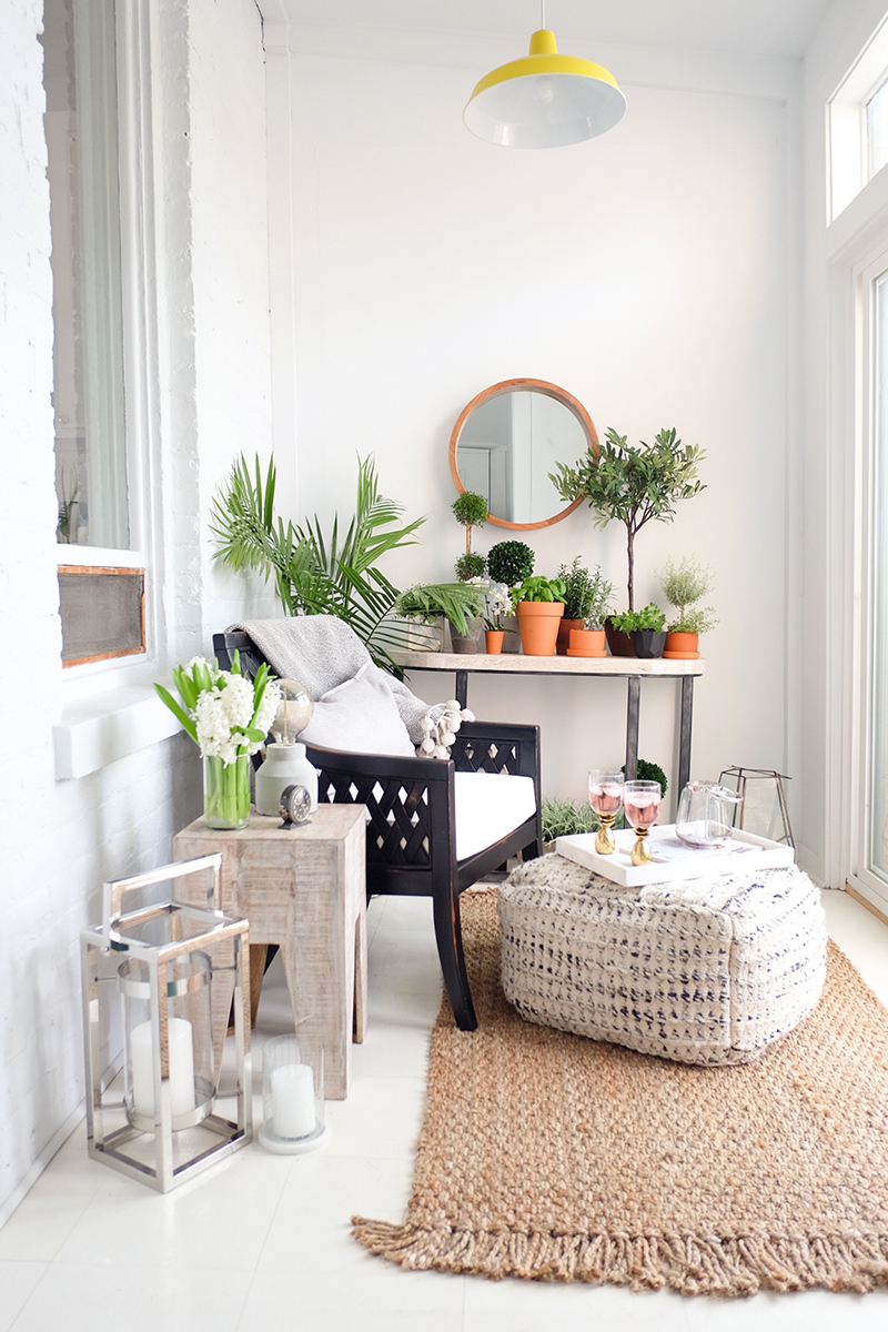 the-everygirl-homegoods-sunroom-11